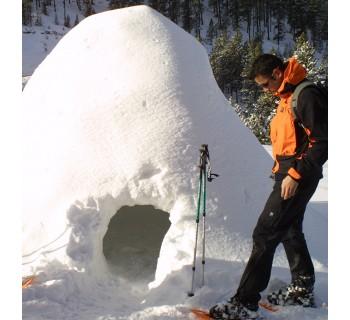 Construcción de iglú + Tubbing en familia