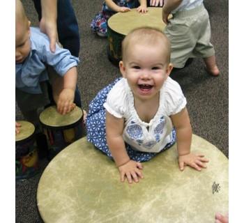 Kindermusik: música y movimiento en inglés   Instrumento musical