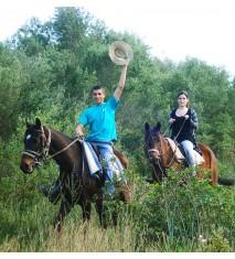 Excursión a caballo y visita a una granja