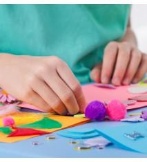 Manualidades en artes plásticas: pintura, fieltro, goma-eva,...