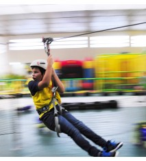 Descarga adrenalina en Parque de Aventura