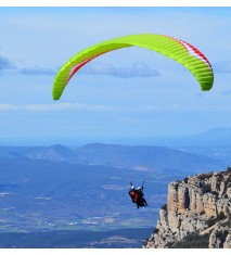 Vuelo paramotor o parapente por el Valle de Àger