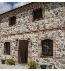 Casa Rural Duquesa de la Conquista + Visita a la granja Paseo en poni