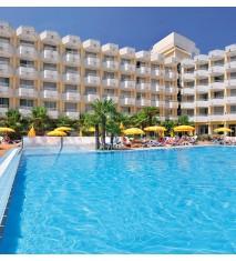 Hotel GHT Oasis Park y Spa **** + almuerzo o cena buffet con bebidas