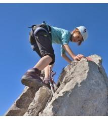 Mis primeros pasos escalando + Senderismo salvaje para dos