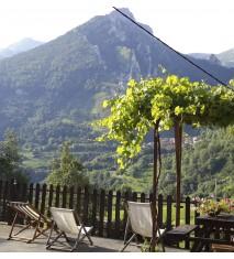 Hotel Rural La Posada el Sestil + visita a bodega + cata y degustación o ruta de senderismo con picnic
